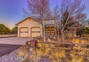 8625 Slayton Ranch Road, Flagstaff, AZ 86004