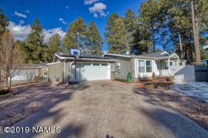 1386 S Burlington Street, Flagstaff, AZ 86001