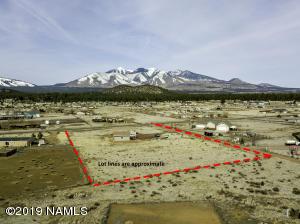 8020 E Jonathan Lane, Flagstaff, AZ 86004