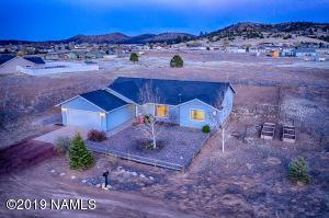 9183 N Lunar Drive, Flagstaff, AZ 86004