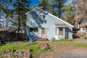 899 N Pawnee Street, Flagstaff, AZ 86005