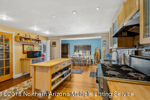 12954 King John Road, Parks, AZ 86018