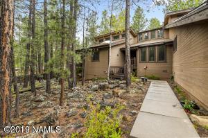 2415 N Kramer Street, Flagstaff, AZ 86001
