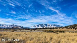 9048 Richfield Drive, Flagstaff, AZ 86004