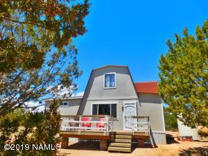 25755 W Foothill Drive, Seligman, AZ 86337
