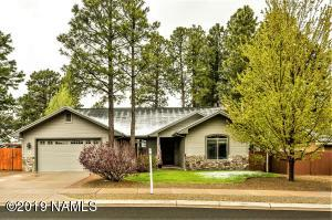 2074 W University Avenue, Flagstaff, AZ 86001
