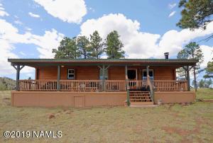 21034 N Summit Drive, Flagstaff, AZ 86001