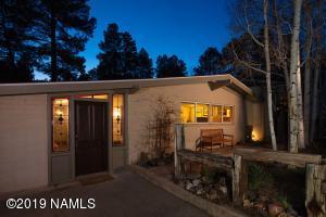 221 Dunnam Street, Flagstaff, AZ 86001