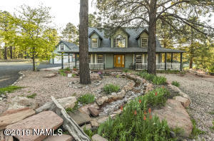 Gorgeous Home in the Pines