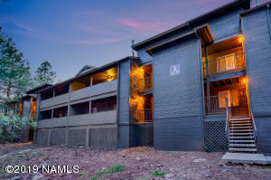 1385 W University Avenue, 6-246, Flagstaff, AZ 86001