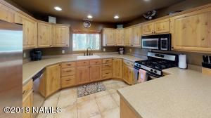 3551 Cayuga, Flagstaff, AZ 86005