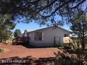 2987 S Peaks View Drive, Parks, AZ 86018