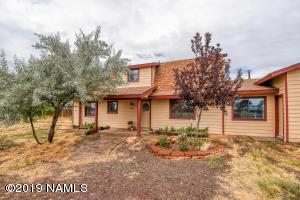 9565 Wamble Road, Flagstaff, AZ 86004