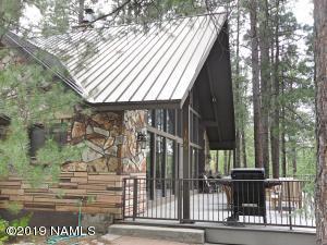 165 E Navajo Road, Munds Park, AZ 86017