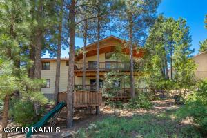 1660 N Falcon Road, Flagstaff, AZ 86004