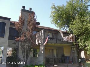 17980 S Walapai Road, Munds Park, AZ 86017