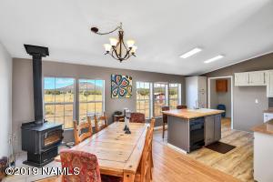 905 E Alimos Way, Williams, AZ 86046