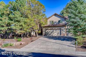 902 N Lone Oak Way, Flagstaff, AZ 86004