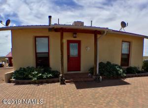 1 Desert Hills Drive, Winslow, AZ 86047