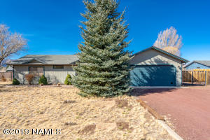 9632 Pioneer Valley Road, Flagstaff, AZ 86004