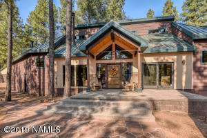 Gorgeous, private home on 5 acres
