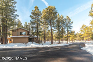 3090 Griffiths Spring, Flagstaff, AZ 86005