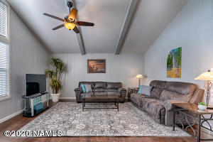 2053 N Country Club Drive, Flagstaff, AZ 86004