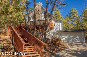 17895 S Green Mountain Place, Munds Park, AZ 86017