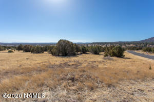 7657 N Grace Court, Flagstaff, AZ 86004