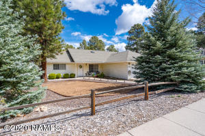 2590 N Fox Run Drive, Flagstaff, AZ 86004