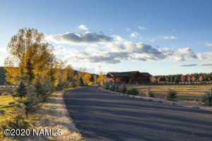 Entrance Road to Foxboro Ranch Estates.