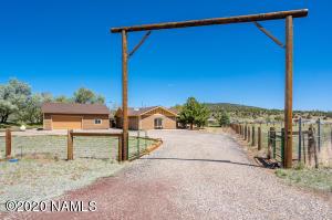 9850 Mesquite Loop, Flagstaff, AZ 86004