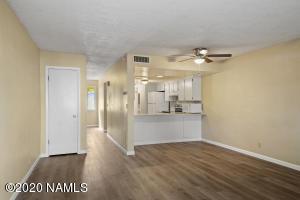 6401 St Nicholas Circle 6, Flagstaff, AZ 86004