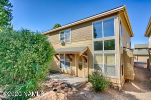 1461 E Russ Way, Flagstaff, AZ 86001