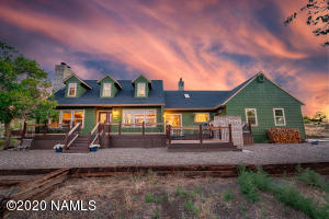 6825 Leupp Road, Flagstaff, AZ 86004