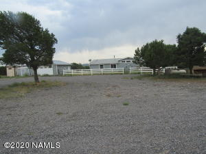 7665 N Pine Street, Williams, AZ 86046
