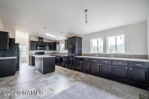 1058 E Alimos Way, Williams, AZ 86046