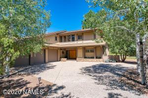 2982 Bear Howard, Flagstaff, AZ 86005