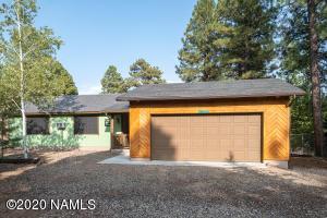 17325 Sequoia Drive, Munds Park, AZ 86017