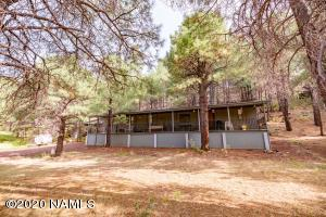 3715 Happy Trails Drive, Flagstaff, AZ 86005