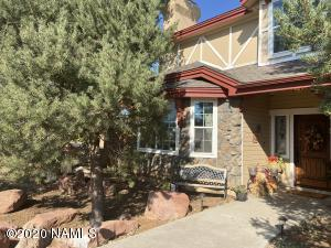 8705 Koch Field Road, Flagstaff, AZ 86004