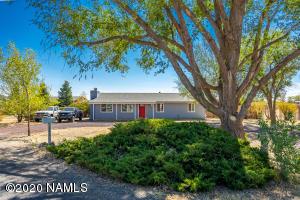 7796 Moonbeam Drive, Flagstaff, AZ 86004