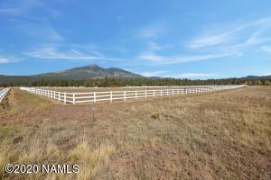 Lot 2 Nags Head Farm Lane, Flagstaff, AZ 86001