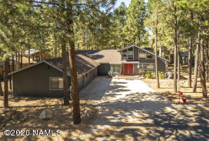 1330 N La Costa Lane, Flagstaff, AZ 86004
