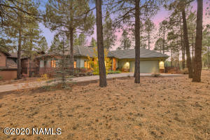 4015 Pack Saddle, Flagstaff, AZ 86005