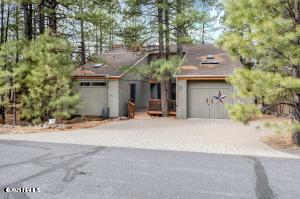 17650 S Stallion Drive, Munds Park, AZ 86017
