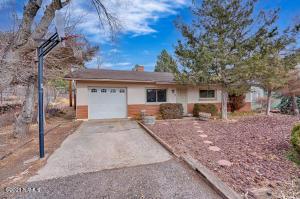 20 E Oak Avenue, Flagstaff, AZ 86001