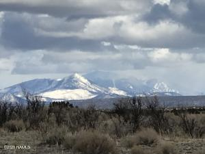 10381 High Butte Drive, Williams, AZ 86046