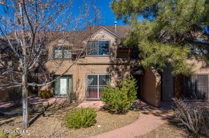 4034 N Goodwin Circle, Flagstaff, AZ 86004
