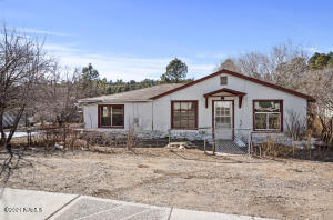 2113 N Center Street, Flagstaff, AZ 86004